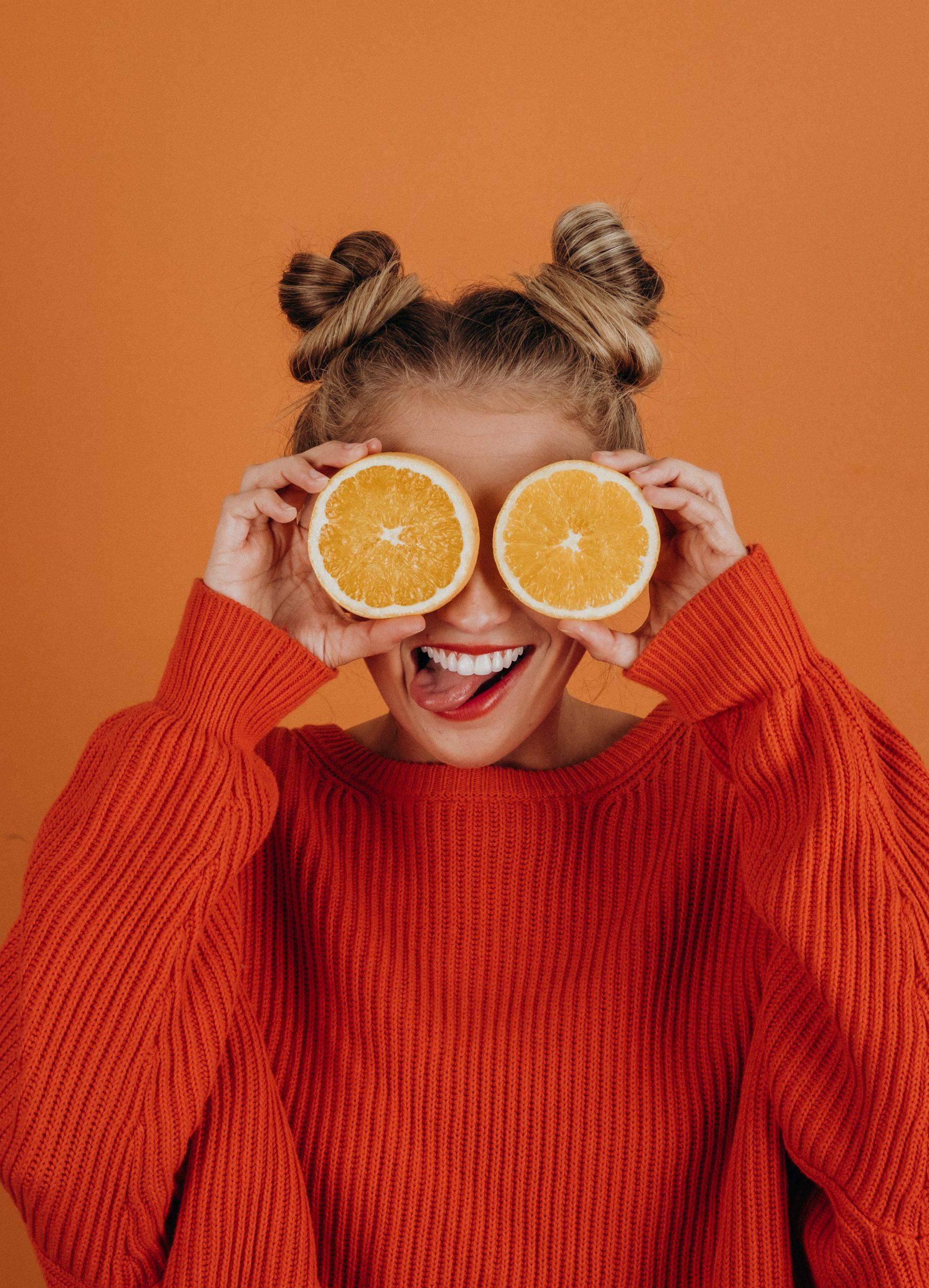 girl with lemons